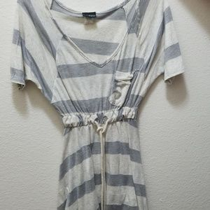 Gray and white v neck shirt